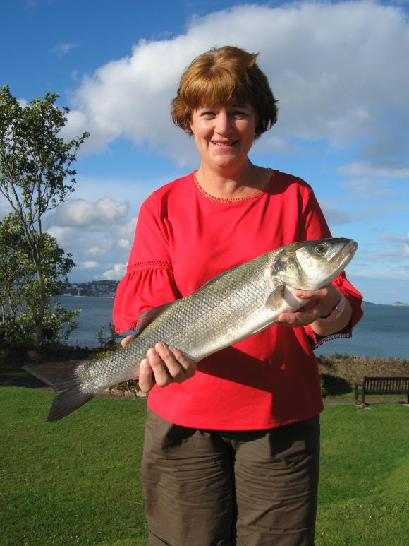 A Coulson New Ladies Shore Record Bass 4-14-8